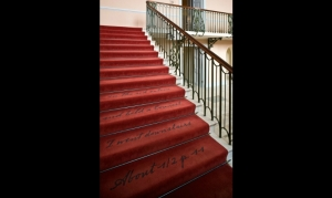 Victoria_Stairs_Vertical_835_0